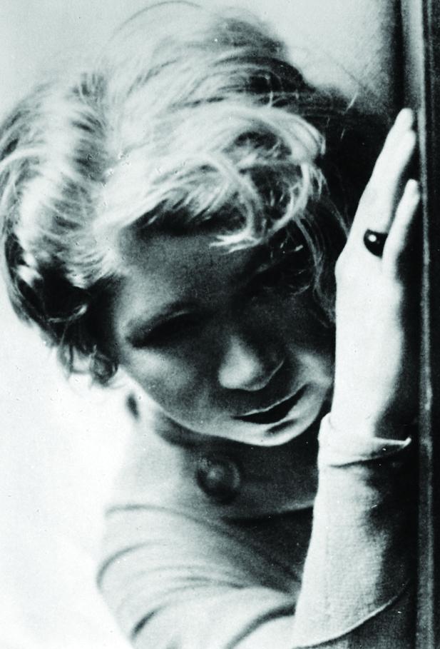 Alfonsina Storni - usada para solapa